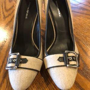 "Banana Republic 3.5"" heels 8.5"
